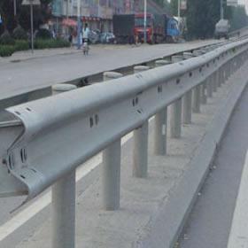 交通护栏板
